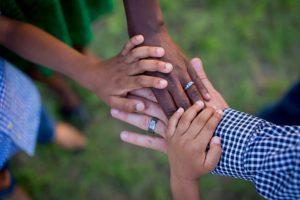 hands-members
